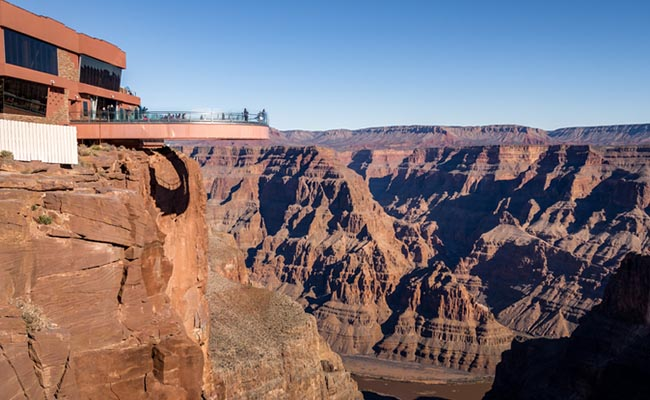 skywalk-observatory-at-grand-canyon.jpg