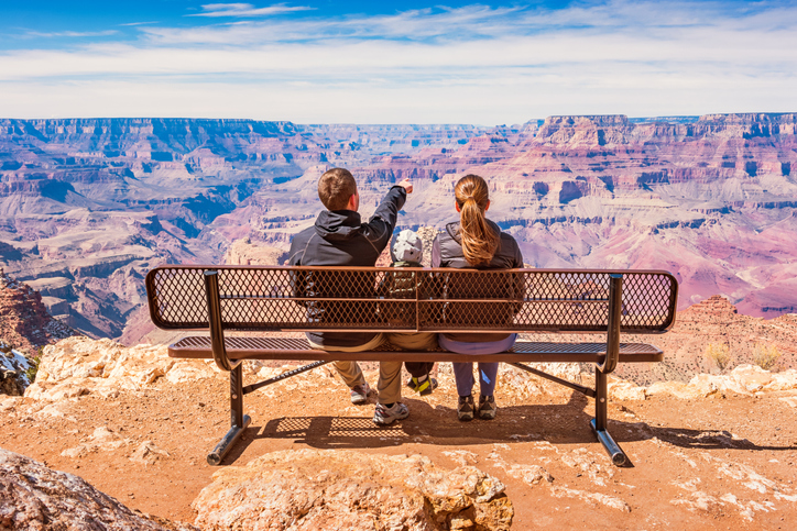 travelling-to-grand-canyon-with-kids.jpg